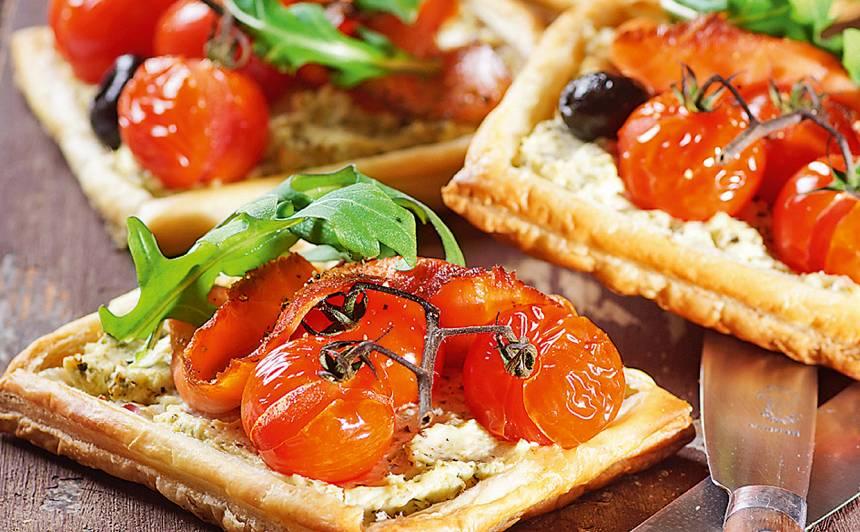 Kārtainās mīklas maizītes ar lasi un krēmsieru recepte