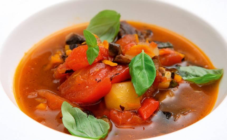 Sātīgā vasaras tomātu zupa
