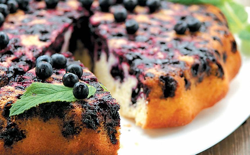 Apgāztā melleņu kūka receptes