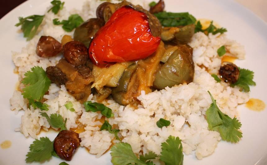 Baklažānu un dārzeņu karijs recepte