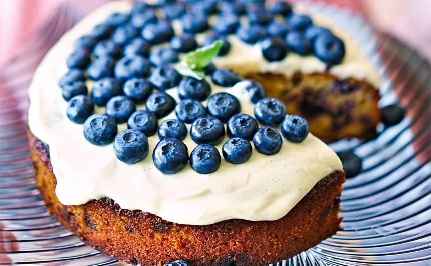 Melleņu un mandeļu kūka recepte