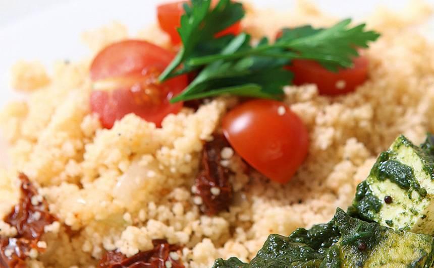 Kuskuss ar kaltētiem tomātiem recepte
