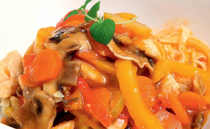 Vista ar dārzeņiem taizemiešu gaumē recepte