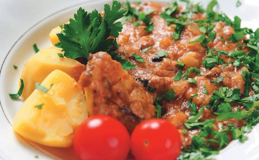 Kartupeļi zivju mērcē recepte