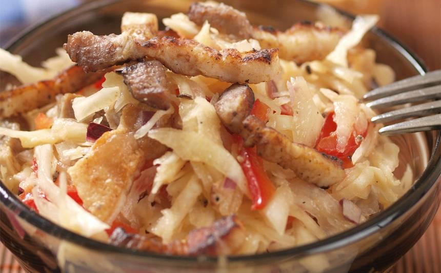 Kāpostu salāti ar cauraudzīti recepte