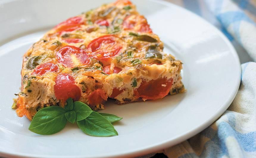 Dārzeņu omlete ar mocarellu