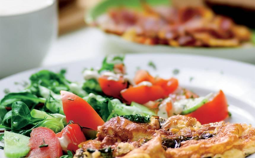 Vasarīga omlete ar spinātiem recepte