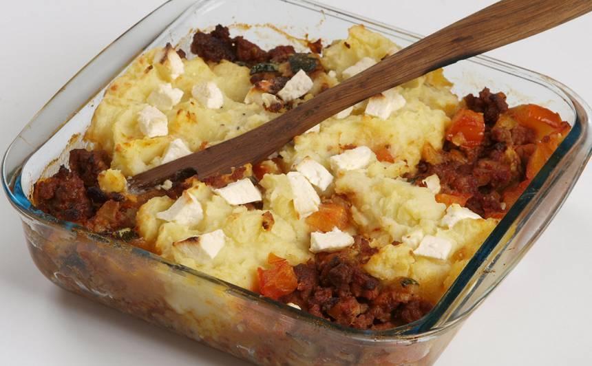 Kartupeļu sacepums ar malto gaļu un sieru recepte