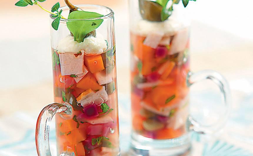 Gaļa un dārzeņi želejā recepte