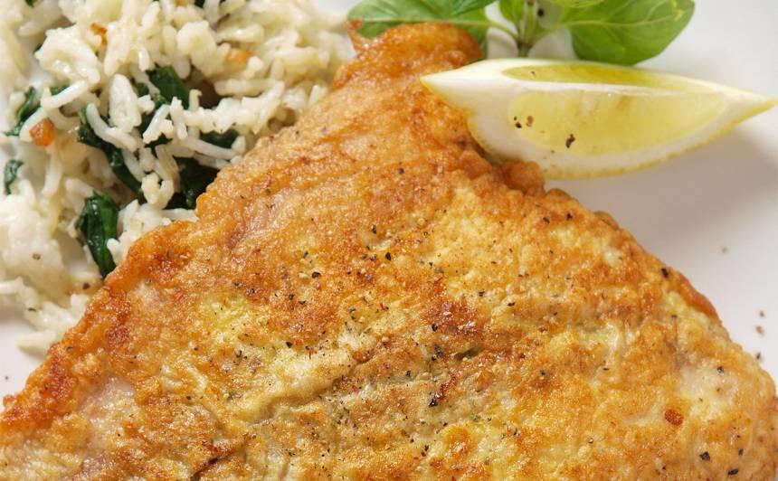 Cepta zivs ar rīsiem