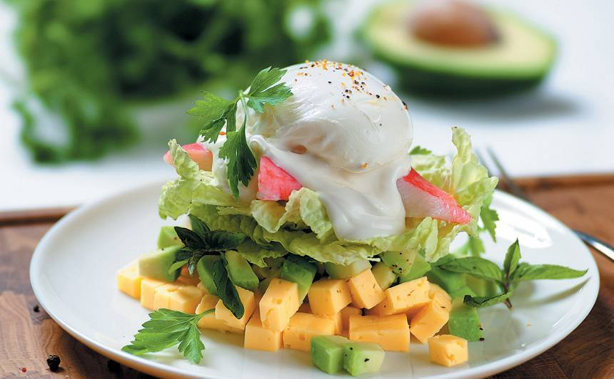 Krabju gaļas salāti