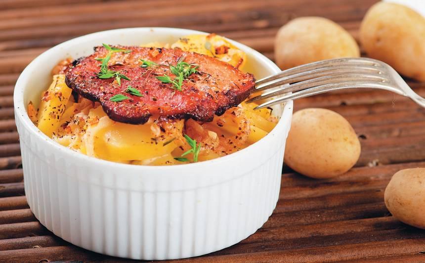 Kartupeļi ar ķiplokiem