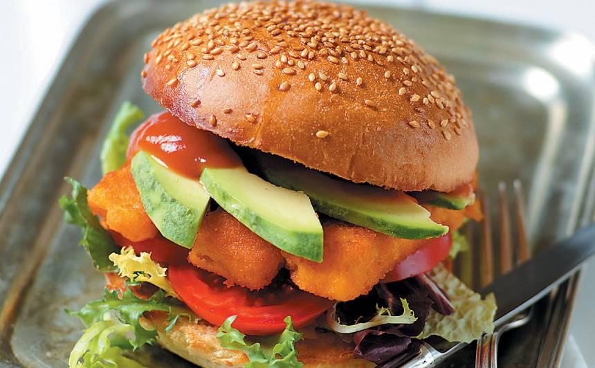 Zivju pirkstiņu burgers recepte