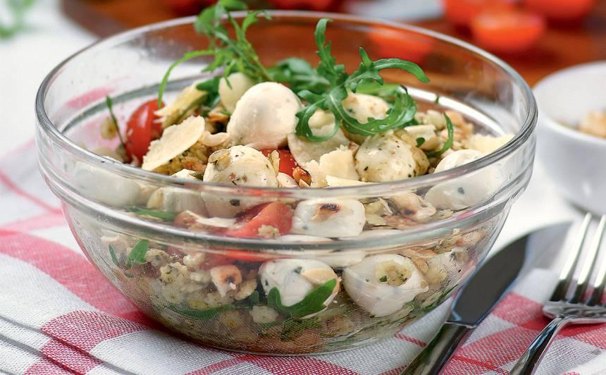 Makaronu un mocarellas salāti