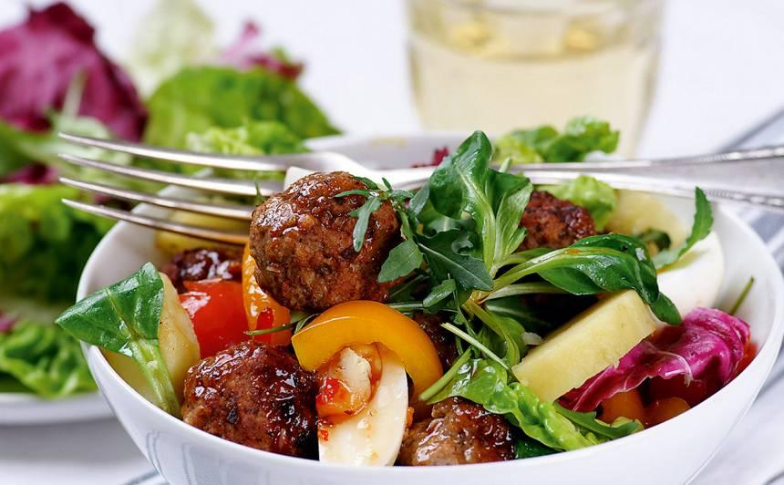 Salāti ar gaļas bumbiņām recepte