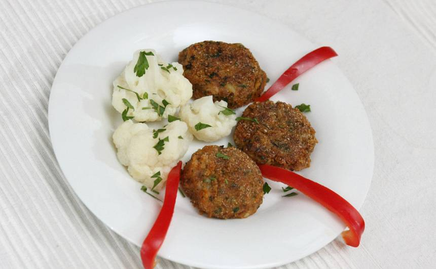 Maltās gaļas un kartupeļu plācenīši recepte