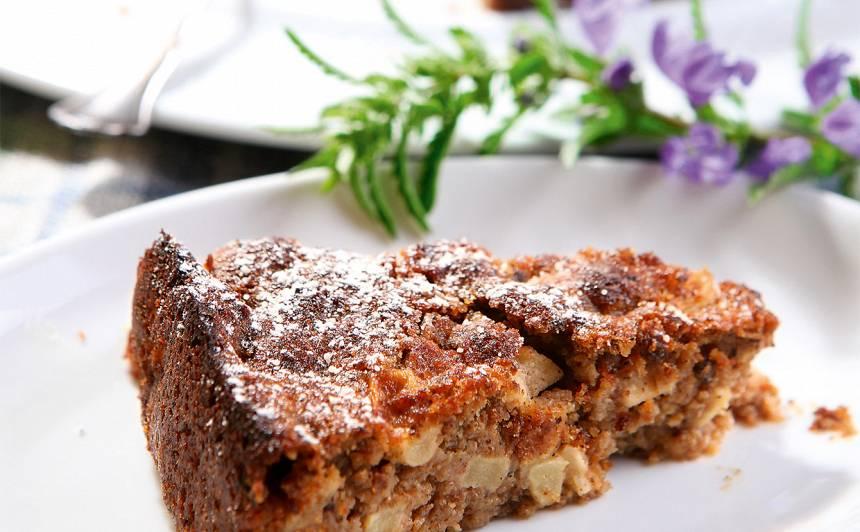 Ābolu un rupjmaizes kūka recepte
