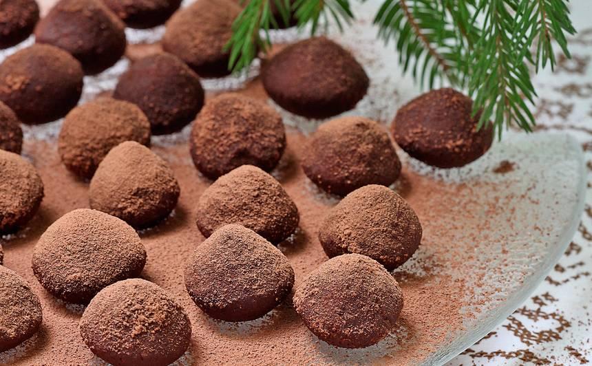 Trifeles no pupiņām un mandelēm recepte