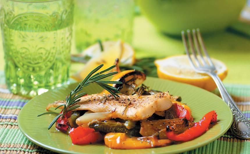 Zivs filejas ar dārzeņiem recepte