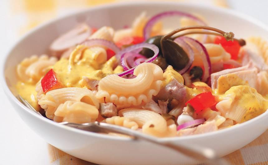 Vistas un makaronu salāti recepte