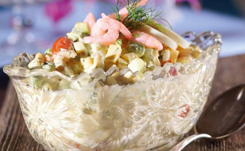Svētku garneļu salāti recepte