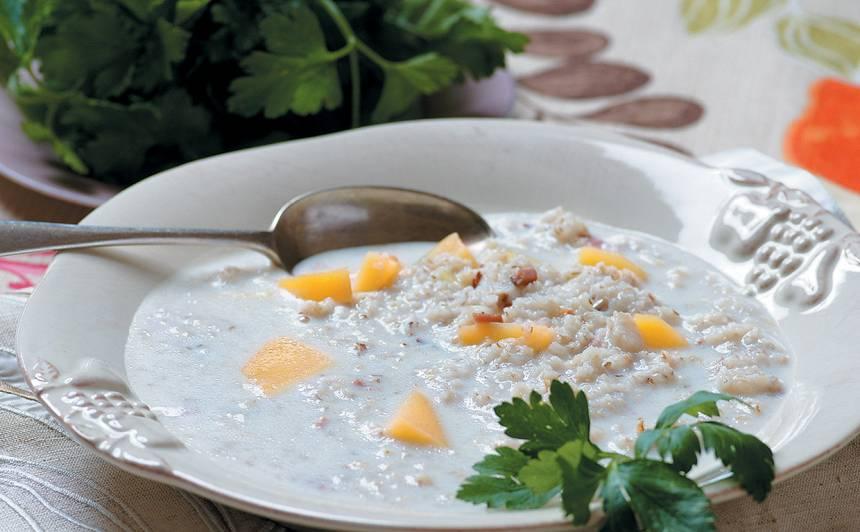 Piena zupa ar miežu putraimiem