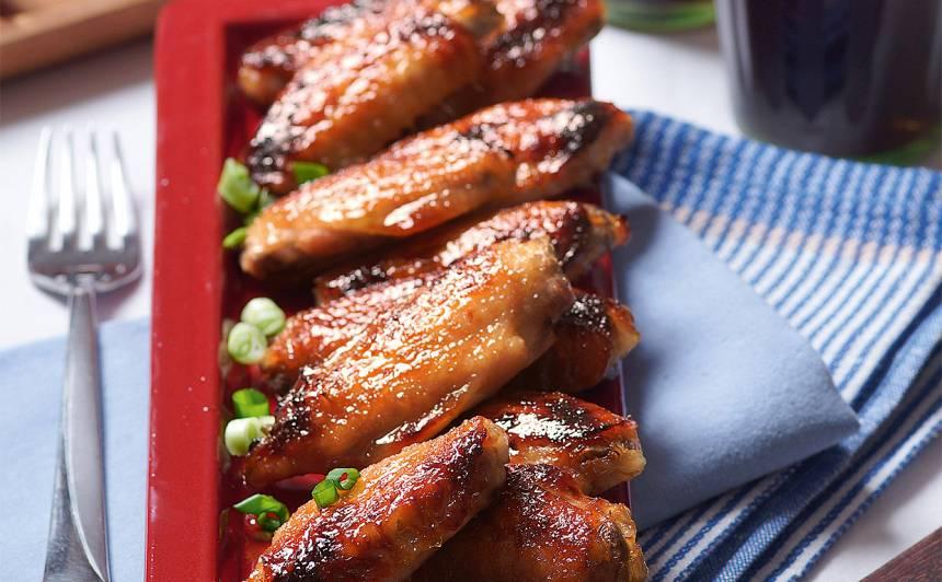 Vistu spārniņi, glazēti kokakolas mērcē recepte