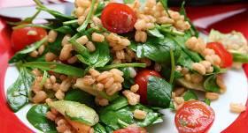 Vitamīniem bagātie grūbu salāti recepte