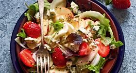 Salāti ar fenheli un zilo sieru recepte