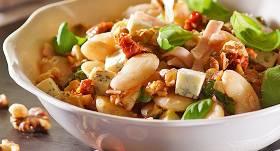 Pupiņu salāti ar zilo sieru