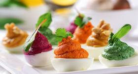 Olas ar krāsainu pildījumu recepte