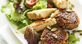 Griķu plācenīši ar tofu un zaļumiem