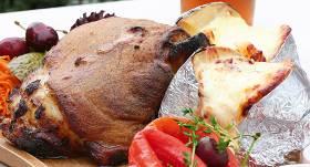 Cūkas stilbiņš ar kartupeļiem mundierī recepte