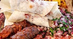 Ļuļa kebabs - grilēta malta jēra gaļa