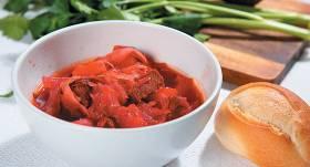 Borščs ar sarkano papriku