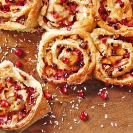 Rožu kūka ar āboliem un ingveru receptes