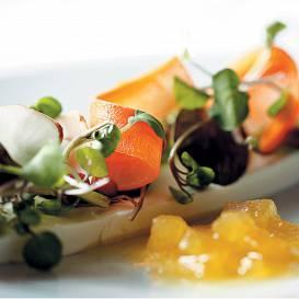 Kazas siers ar topinambūra salātiem recepte