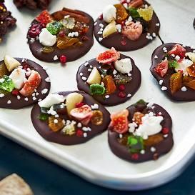Raibās šokolādes pogas recepte