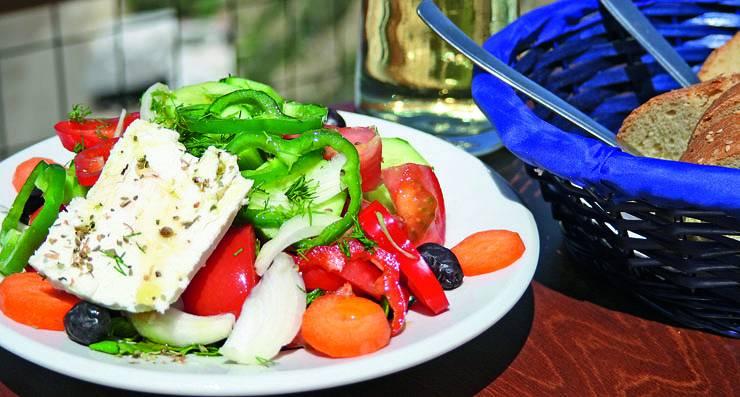 Grieķu salāti- horiatiki