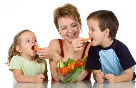 Ārsti nobažījušies — Latvijā bērni <strong>neatpazīst dārzeņus un augļus</strong>