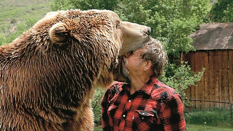 Holivudas zvaigzne - <strong>populārākais</strong> pasaules lācis Barts<br />