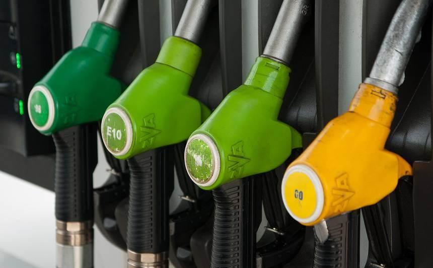 <strong>Augstas</strong> degvielas cenas — vai degvielas tirgotāji mūs <strong>neapkrāpj?</strong><br />