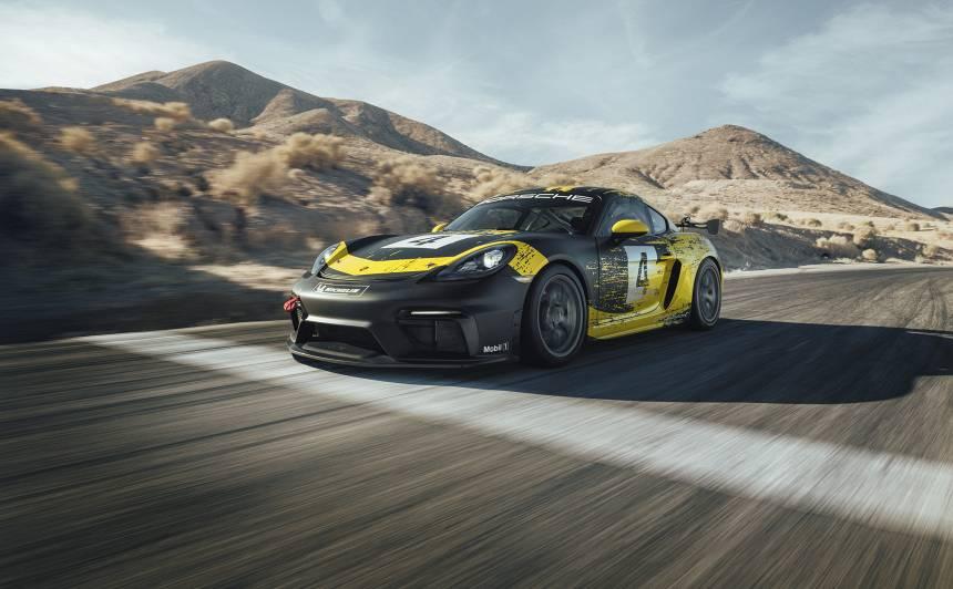 Porsche prezentē jauno <strong>718 Cayman GT4 Clubsport</strong>