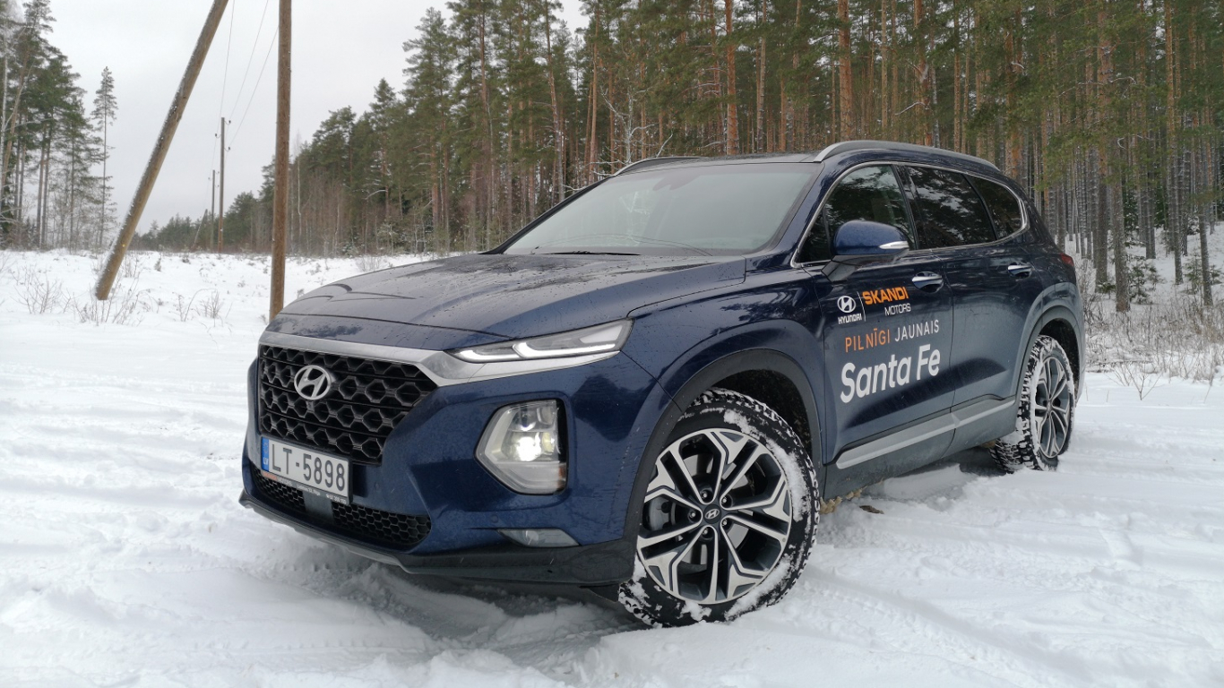 <strong>Hyundai Santa Fe</strong> pirmais testa brauciens<br />
