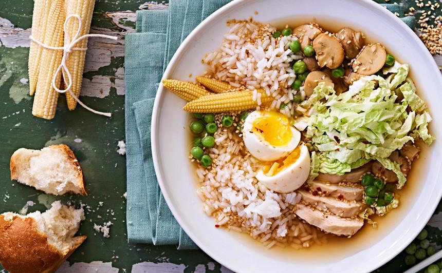 Vistas zupa ar rīsiem, sēnēm un olu. Recepte rakstā.