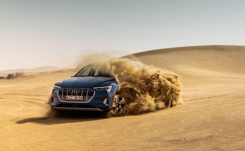 Latvijā iespējams pasūtīt jauno <strong>Audi e-tron</strong> elektroauto!<br />