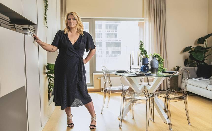 Stiliste Indra Salceviča: <strong>Neskatoties uz psoriāzi un lieko svaru, esmu seksīgākā sieviete pasaulē!</strong>