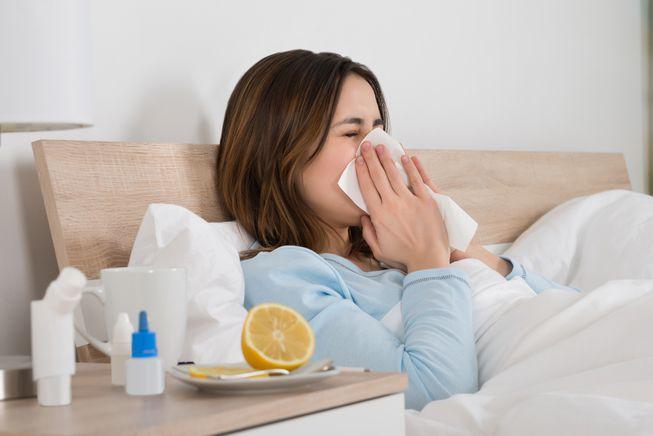 Cīņā pret gripu palīdz gan medikamenti, gan tautas līdzekļi
