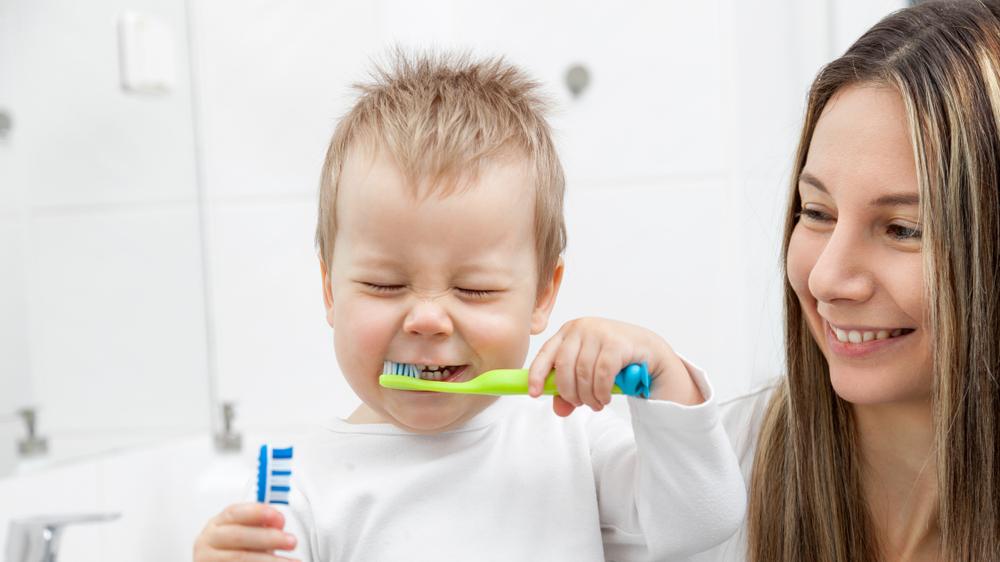 <strong>7 triki</strong>, kas motivēs bērnu <strong>tīrīt zobus!</strong>