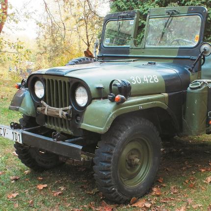 Motormuzeja retro auto – Willys Jeep <strong>humānists bez ložmetēja</strong>